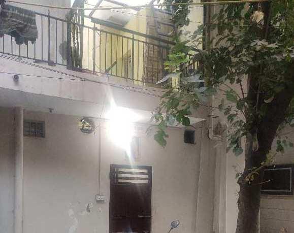 3 BHK 900 Sq.ft. House & Villa for Rent in Bhola Nath Nagar, Shahdara, Delhi
