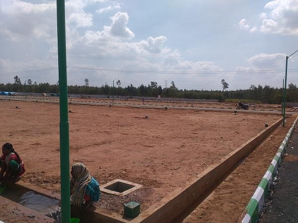 Residential Plot for Sale in Kanpur Road, Lucknow - 80000 Sq. Feet