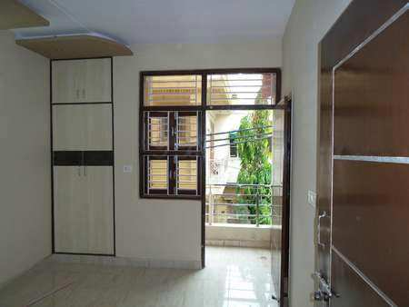 2 BHK Builder Floor for Sale in Shalimar garden, Ghaziabad - 1000 Sq.ft.