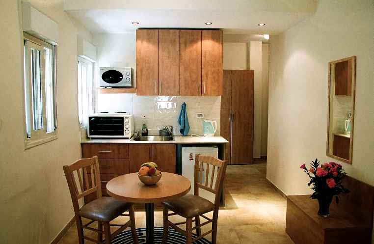 3 BHK Flats & Apartments for Sale in Noida Expressway, Noida - 1220 Sq.ft.