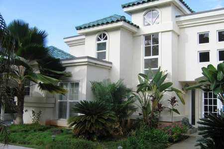 3 BHK Bungalows / Villas for Sale in Noida Extn., Noida - 2100  Sq.ft.