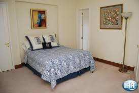 2 BHK Flats & Apartments for Sale in Sector 120, Noida - 1075 Sq.ft.