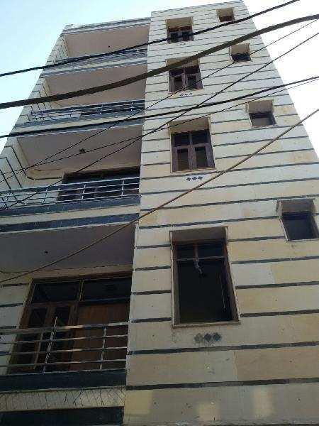 1 BHK Builder Floor for Sale in Uttam Nagar, Delhi - 403 Sq. Feet