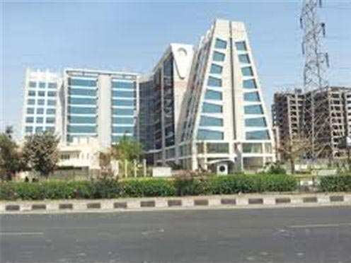 660 Sq. Feet Office Space for Rent in Satellite, Ahmedabad West - 660 Sq.ft.