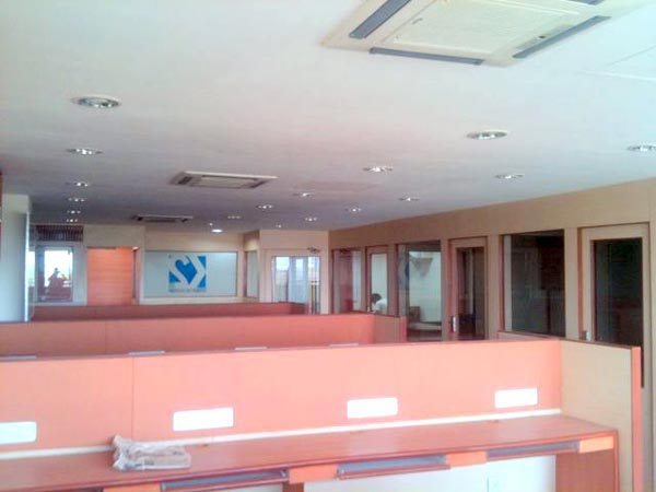 621 Sq. Feet Office Space for Rent in Ahmedabad - 621 Sq.ft.