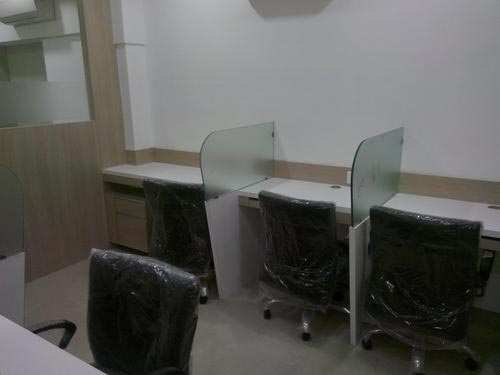 365 Sq. Feet Office Space for Rent in Satellite, Ahmedabad West - 365 Sq.ft.