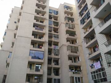 3 BHK Flats & Apartments for Sale in Satellite, Ahmedabad - 1700 Sq. Feet