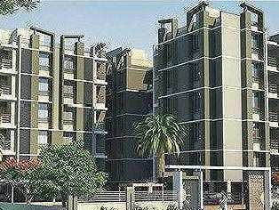 2 BHK Flats & Apartments for Sale in S G Highway, Ahmedabad - 131 Sq. Yards