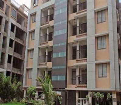 2 BHK Flats & Apartments for Sale in Ambawadi, Ahmedabad - 1350 Sq. Feet