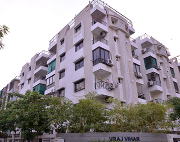 3 BHK Flats & Apartments for Sale in Satellite, Ahmedabad - 2000 Sq. Feet
