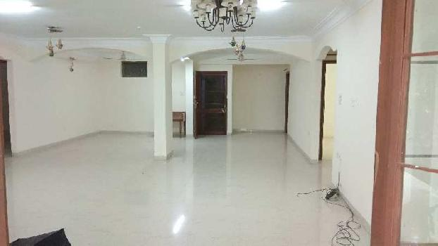 4 BHK 4000 Sq.ft. Residential Apartment for Rent in Geeta Bhawan, Indore