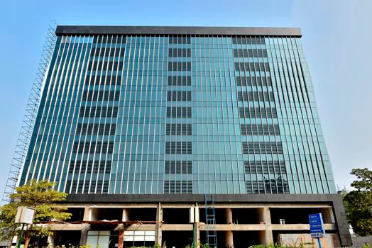 905 Sq. Feet Office Space for Sale in Prahlad Nagar, Ahmedabad West - 905 Sq.ft.