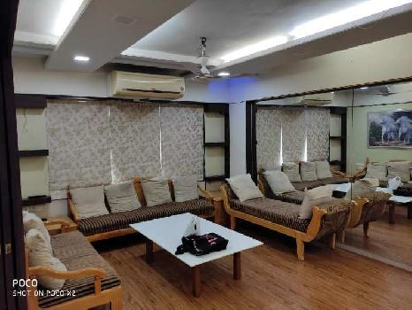 4 BHK 2200 Sq.ft. Residential Apartment for Rent in Satellite, Ahmedabad
