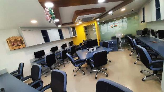 916 Sq.ft. Office Space for Rent in S G Highway, Ahmedabad