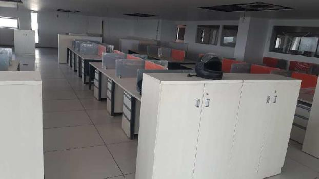 11700 Sq.ft. Office Space for Rent in Makarba, Ahmedabad