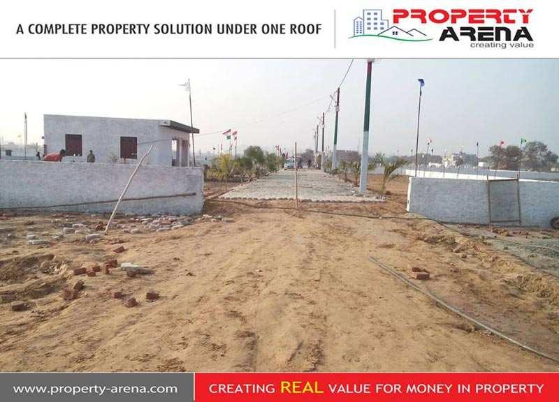 450 Sq. Feet Residential Land / Plot for Sale in Noida Extn., Noida - 4 Acre