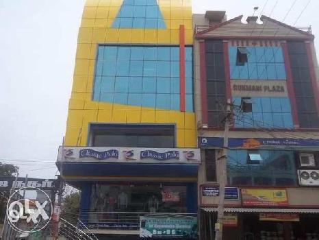 1050 Sq.ft. Commercial Shop for Rent in Kovai Road, Karur