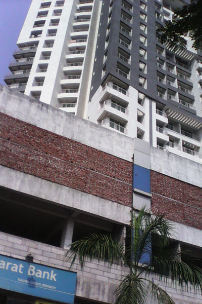 2 BHK Flats & Apartments for Rent in Thane - 900 Sq.ft.