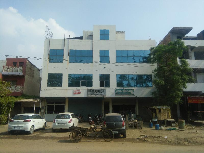 Office Space for Sale in Nit, Faridabad - 650 Sq. Feet
