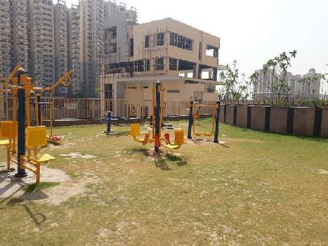 3 BHK 1600 Sq.ft. Residential Apartment for Sale in Greater Noida West