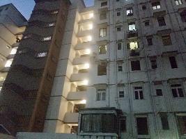 2 BHK Flat for Rent in Cumballa Hill, Mumbai