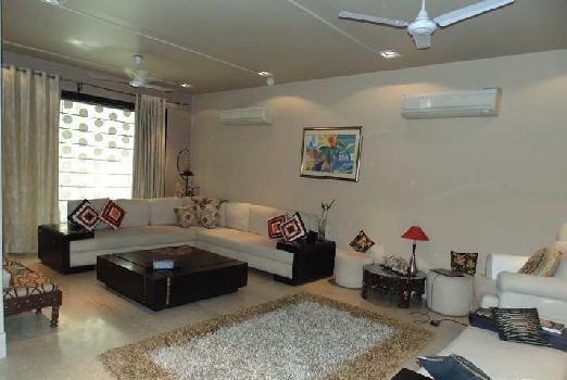 4 BHK 3375 Sq.ft. House & Villa for Rent in Hauz Khas Village, Delhi